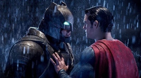 batman-fights-superman